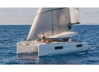 Chartern Sie katamaran in Porto Capo d'Orlando Marina - Lagoon 40