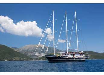 Rent a schooner in Lefkas Nidri - Gulet Artemis
