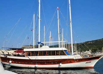 Rent a schooner in Marina Skiathos  - Gulet Eros