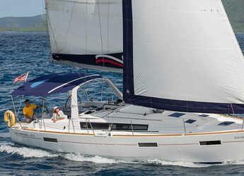 Rent a sailboat in Marina Fort Louis - Moorings 42.3 (Club)