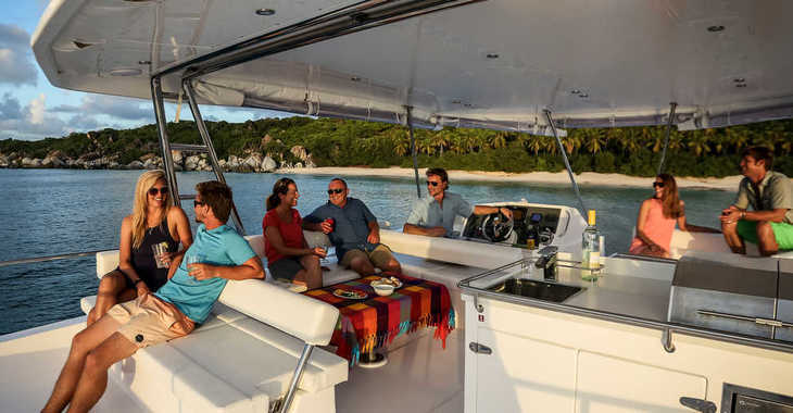 Rent a power catamaran in Marina Le Marin - Moorings 514 PC  (Club)