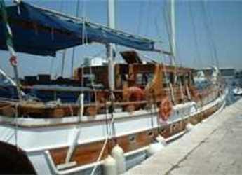 Rent a schooner in Port Olimpic de Barcelona - Gulet