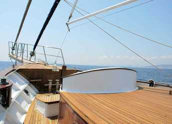 Rent a schooner in Port Olimpic de Barcelona - Gulet