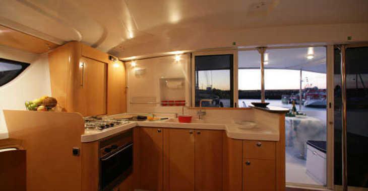 Alquilar catamarán en Marina Cienfuegos - Orana 44