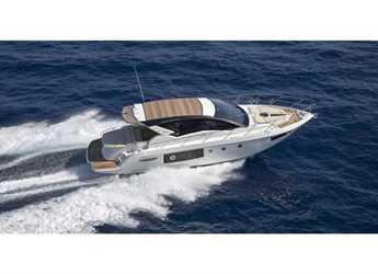 Chartern Sie yacht in Cala Nova - Cranchi M 44 HT