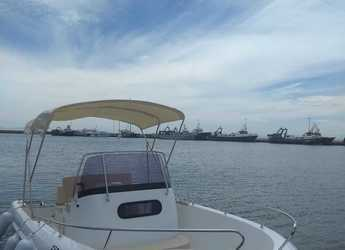 Rent a motorboat in Port Roses - Texas 580