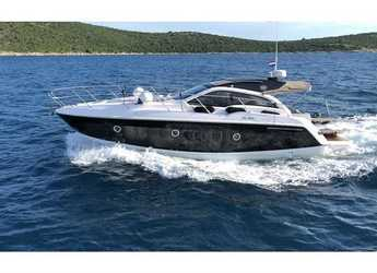 Rent a motorboat in Marina Frapa - Sessa C35