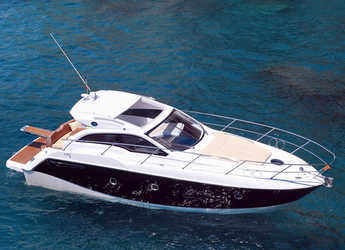 Rent a motorboat in Marina Cala D' Or - Sessa C35