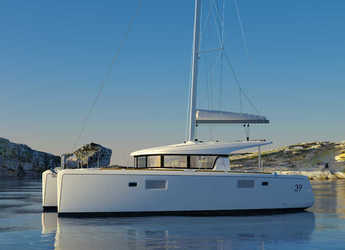 Rent a catamaran in Port Tino Rossi - Lagoon 39