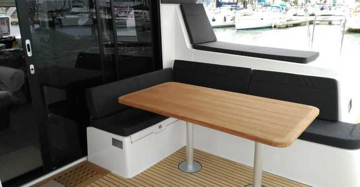 Rent a catamaran in Marina Le Marin - Lagoon 42
