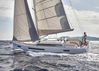 Rent a sailboat in Marina di Procida - Sun Odyssey 490