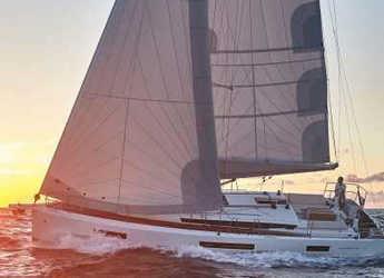Rent a sailboat in Marina di Procida - Sun Odyssey 440