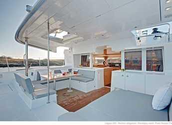 Rent a catamaran in Puerto del Rey Marina - Lagoon 450 F