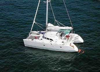 Rent a catamaran in Kos Port - Lagoon 380 S2