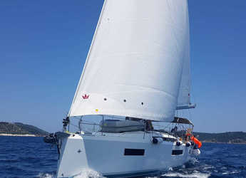 Rent a sailboat in Volos - Sun Odyssey 440