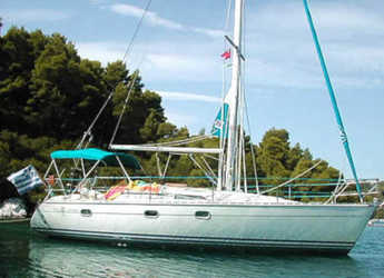 Rent a sailboat in Volos - Sun Odyssey 33
