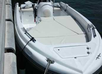 Rent a motorboat in Port of Santa Eulària  - Compass 400GT