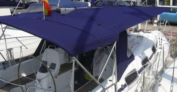 Rent a sailboat in Port of Santa Eulària  - Bavaria 39 Cruiser