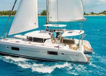 Rent a catamaran in Marina Ibiza - Lagoon 42