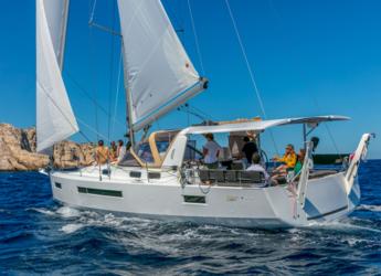 Rent a sailboat in Wickhams Cay II Marina - Jeanneau 47