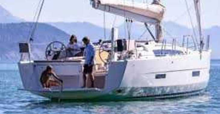 Rent a sailboat in Paroikia - Dufour 430 Grand Large