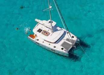 Rent a catamaran in Naviera Balear - Lagoon 42