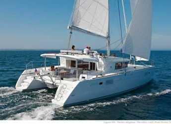Rent a catamaran in Naviera Balear - Lagoon 450 F