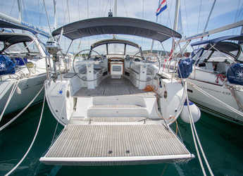 Rent a sailboat in Marina Baotić - Bavaria Cruiser 45 - 4 cab.