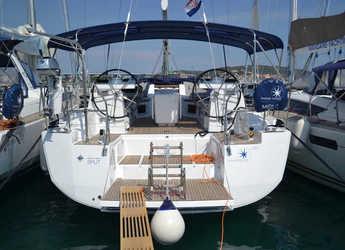 Rent a sailboat in Agios Kosmas Marina - Jeanneau 54 - 4 + 1 cab.