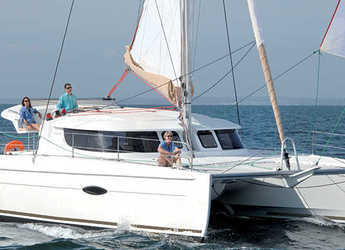Rent a catamaran in Port Mahon - Lipari 41