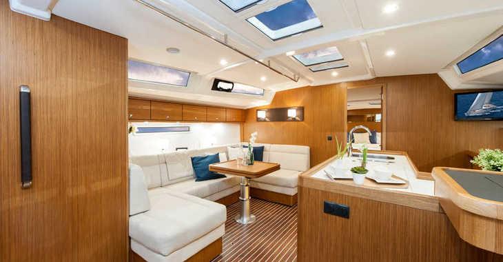 Rent a sailboat in Alimos Marina Kalamaki - Bavaria Cruiser 56