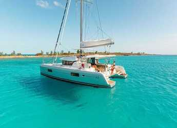 Rent a catamaran in Agios Kosmas Marina - Lagoon 42 - 4 + 2 cab.