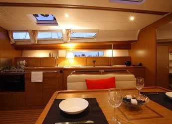 Rent a sailboat in Abel Point Marina - Jeanneau 44i