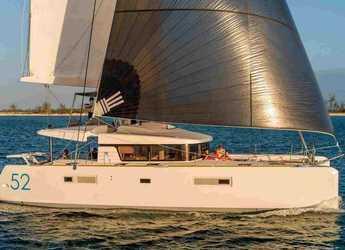 Rent a catamaran in Naviera Balear - Lagoon 52 F - 6 + 2 cab.