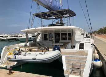 Rent a catamaran in Agios Kosmas Marina - Lagoon 52 F - 6 + 2 cab.