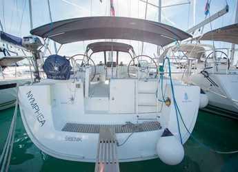 Rent a sailboat in Marina Baotić - Oceanis 54
