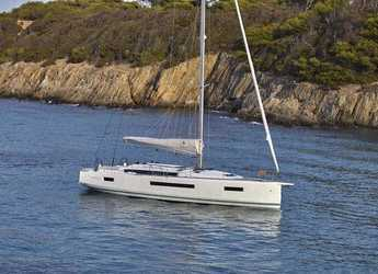 Rent a sailboat in Port Gocëk Marina - Sun Odyssey 490 - 3 cab.