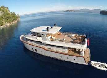 Rent a motorboat in Port Gocëk Marina - Motor Yacht