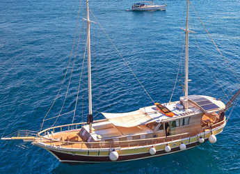 Rent a schooner in Split (ACI Marina) - Gulet 70