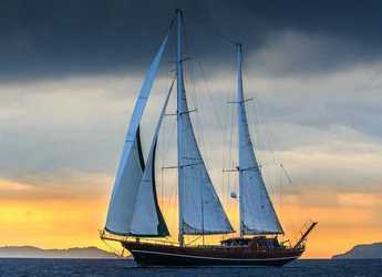 Rent a schooner in Split (ACI Marina) - Gulet Carpe Diem
