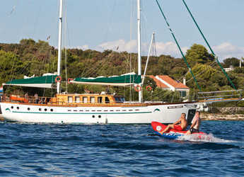 Rent a schooner in Split (ACI Marina) - Gulet Queen of Adriatic