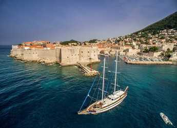 Rent a schooner in Split (ACI Marina) - Gulet Fortuna