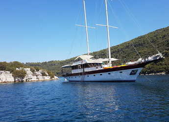 Rent a schooner in ACI Marina Dubrovnik - Gulet Vito