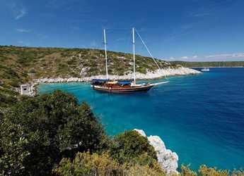 Rent a schooner in Marina Mandalina - Gulet 102