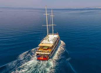 Rent a schooner in Split (ACI Marina) - Gulet 108