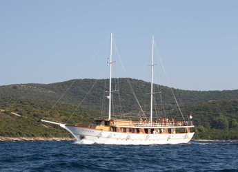 Rent a schooner in Split (ACI Marina) - Gulet 98