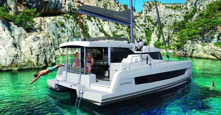 Chartern Sie katamaran in Cala Nova - CATSPACE
