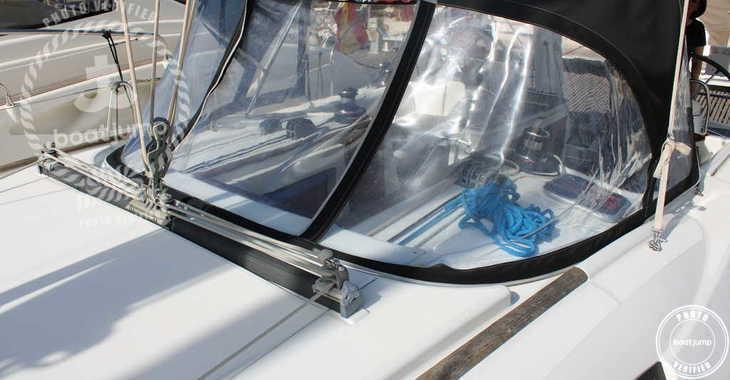 Rent a sailboat in Port Mahon - Oceanis 40