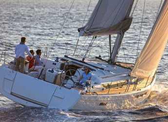 Rent a sailboat in Alimos Marina Kalamaki - Sun Odyssey 519
