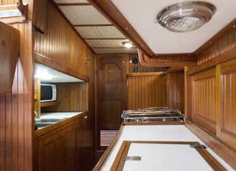 Chartern Sie segelboot in JY Harbour View Marina - Vagabond 52